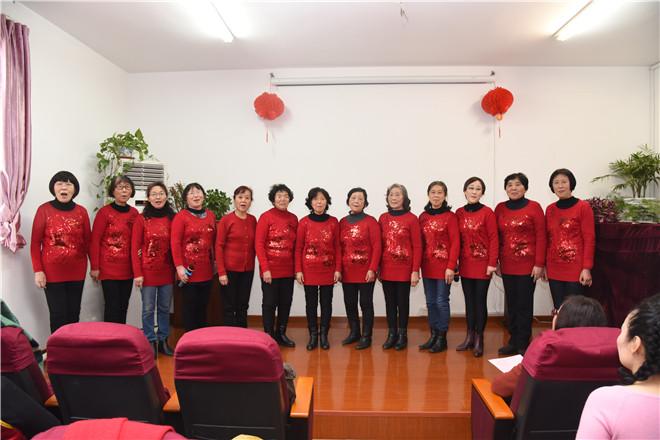 歌曲《最美的歌唱给妈妈》-江南大学老教师合唱团迎新文艺联欢成功